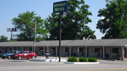 The Springs Motel – Newly Remodeled!
