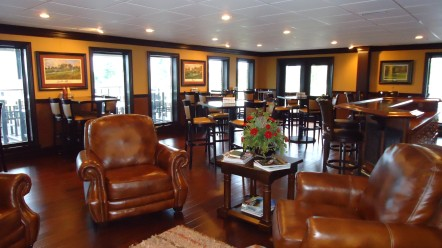 Bunkers Grille at Lake Cumberland Golf Club – open to public