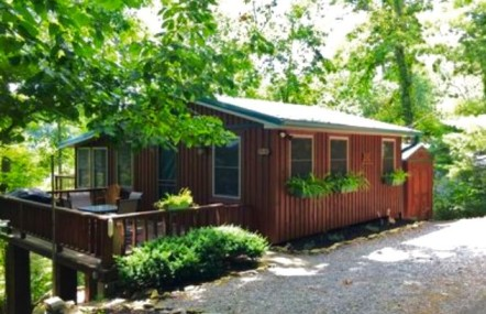 Cabin on the Lake – New!