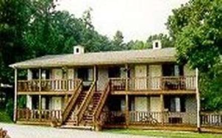 Timber Pointe Resort Hotel & Year Round RV Campground