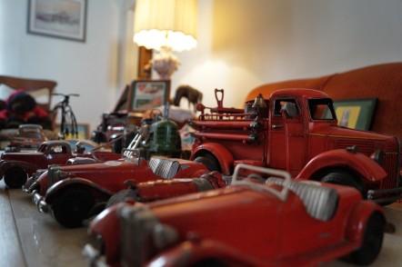 Antique Store – Vintage Treasures Antiques & Collectibles