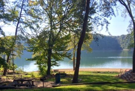 Lake Cumberland Marina – Lakeside Primitive Camping