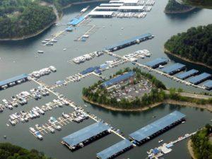 Photo from above of Jamestown Marina and Lake Cumberland Houseboats , cabins and Lake Cumberland Hotel