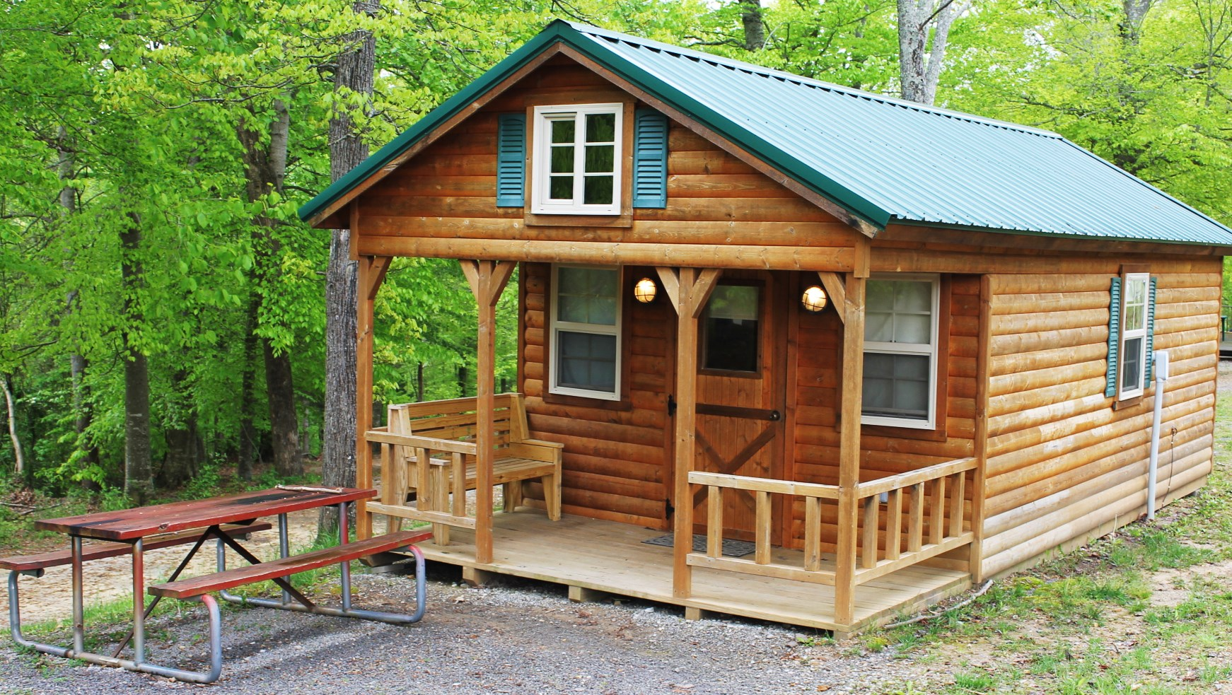Beau Photo Of A Modern Kentucky Log Cabin. Kentucky Log Cabin Rental On Lake  Cumberland With