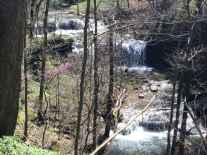 Lake Cumberland Wateralls - Marlow Falls is absolutely spectacular and can be seen from land.