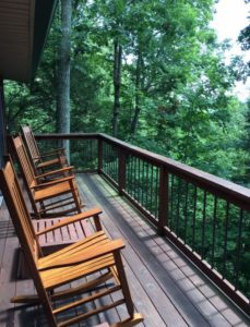 Cabin on the Lake vacation rental offers guests a seasonal view of Lake Cumberland