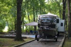Lake Cumberland Camping at Kendall Recreation Area on the banks of the Cumberland River