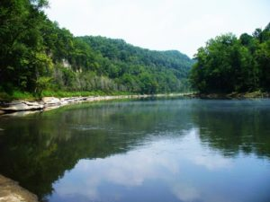 The Cumberland River fishing by Rockhouse Natural Arch is the perfect spot for trophy Kentucky fishing