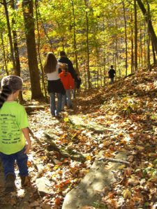 Family fun on the hiking trails at Lake Cumberland State Resort Park