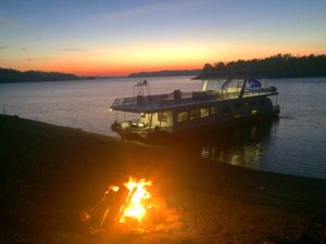 Find a cove and enjoy the best houseboat vacation in the U.S.