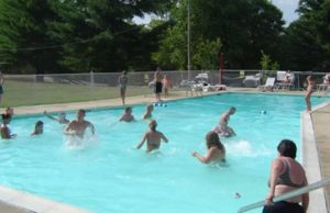 The Russell Springs KOA on Lake Cumberland offers guests a beautiful outdoor swimming pool and full hook up