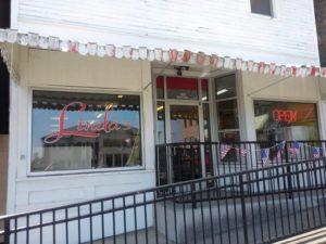 Lake Cumberland restaurants - Linda's Diner on the Jamestown Square