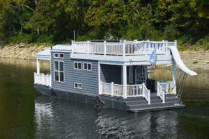 Lake Cumberland floating cabins are brand new at Lake Cumberland Marina!