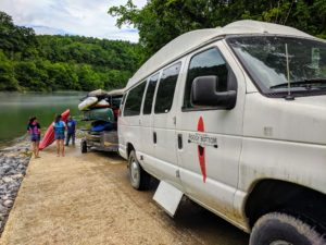 Kayak and canoe outfitters on the Cumberland River. Kentucky kayak and canoe rentals.