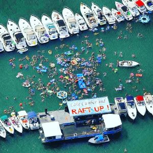 Lake Cumberland is home the World's Largest Raft Upto