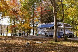 Best place for fall camping is Lake Cumberland Kentucky