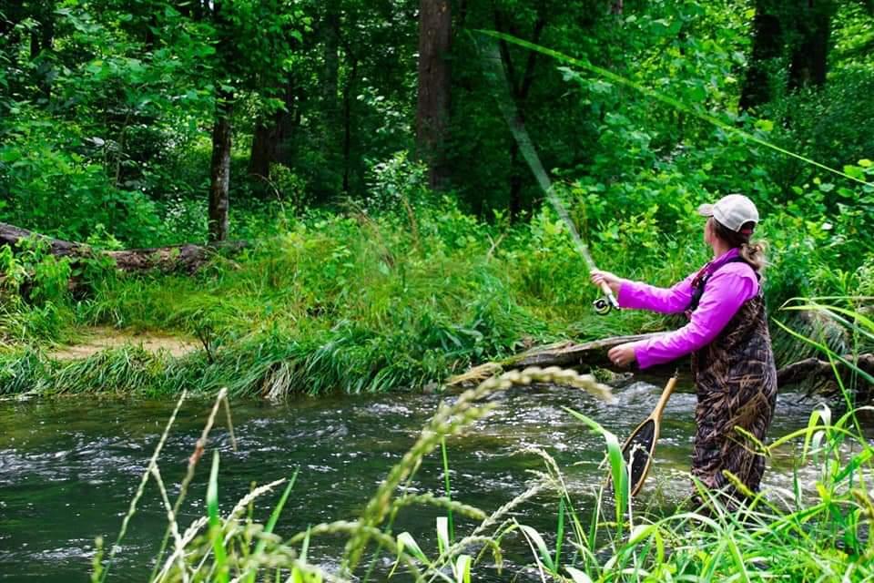 Kentucky Fly Fishing - Hatchery Creek on the Cumberland River in Jamestown Kentucky