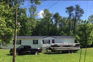 Lake House on Wolf Creek - places to stay on Lake Cumberland