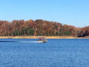 Kentucky fall foliage and where to see it - Lake Cumberland