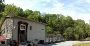 Lake Cumberland Vacation Home Rentals - The Old Woolen Mill in Jamestown Kentucky