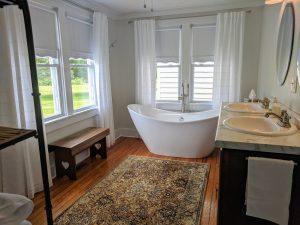 Lake Cumberland Kentucky romantic cabins, cottages & resorts