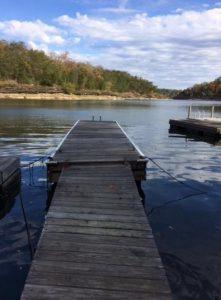 Lodging on Lake Cumberland - Clifty Creek Cabin