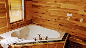 Wolf Creek Cabin is a beautiful house for rent on Lake Cumberland
