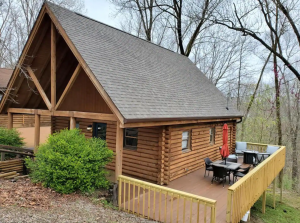 Lake Cumberland Kentucky cabin rentals - The Bears Den Lakeside Retreat